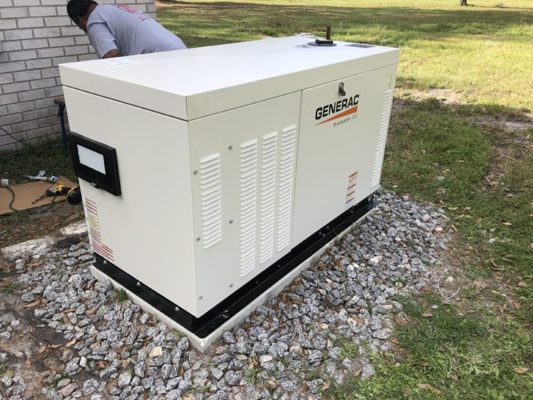 liquid cooled 22kw generator with 200amp transfer switch