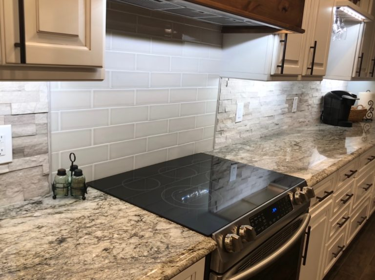 backsplash / under cabinet lighting
